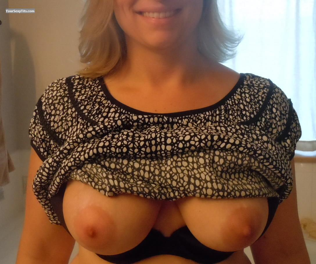 My Medium Tits Selfie by American Girl